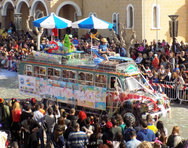 carnival-2017-cyprus-bus